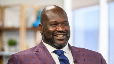 WATCH: Shaq helps stranded motorist until authorities arrive